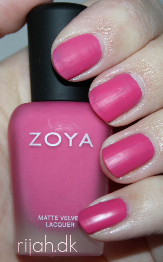 Zoya Lolly