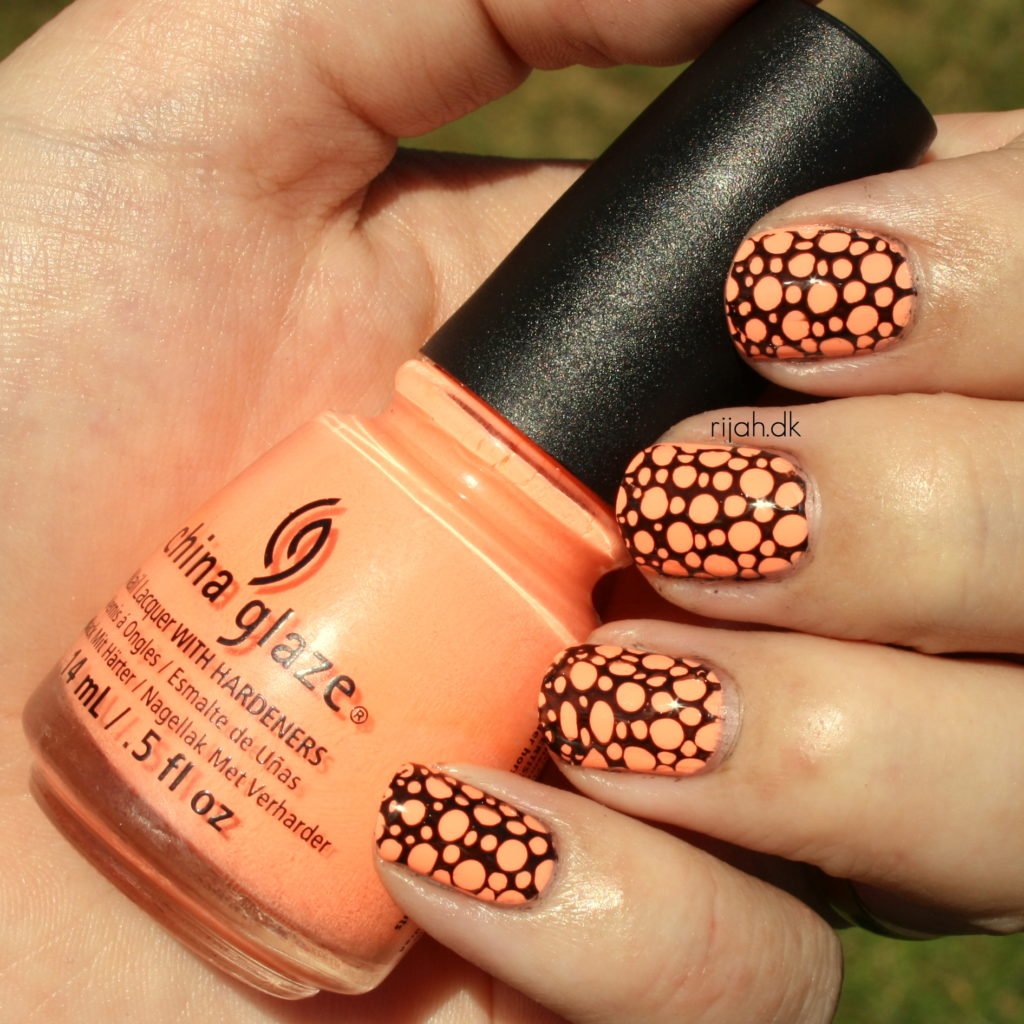 China Glaze Sun of a peach Fancy Friday - Stamping