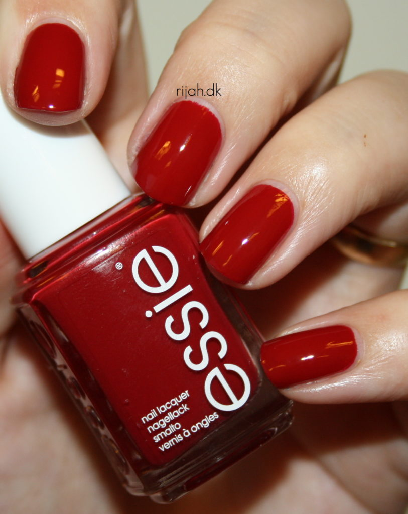 Essie Dress to Kilt Essie Fall Collection 2014