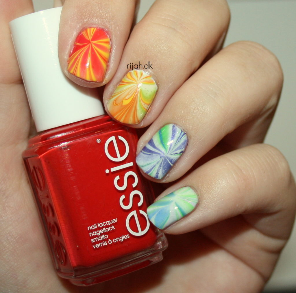 31DC2014 28: Inspired by a flag / Pride Water marble
