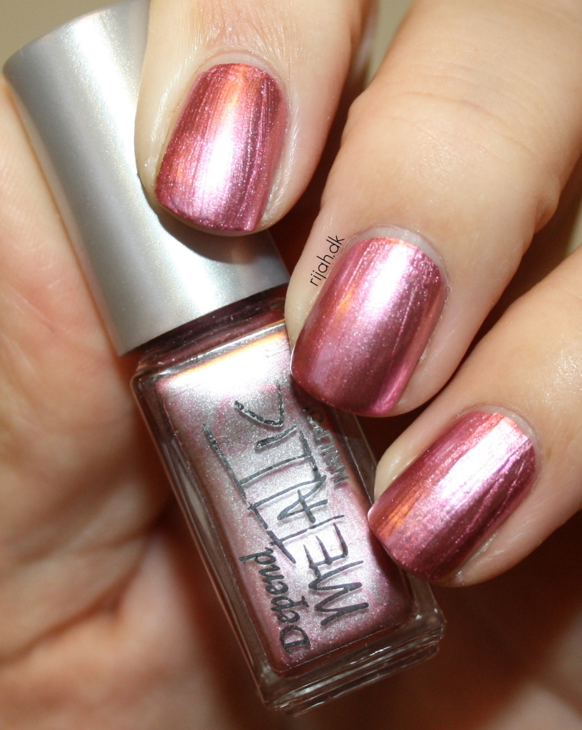Depend 4041 Depend Metallic collection