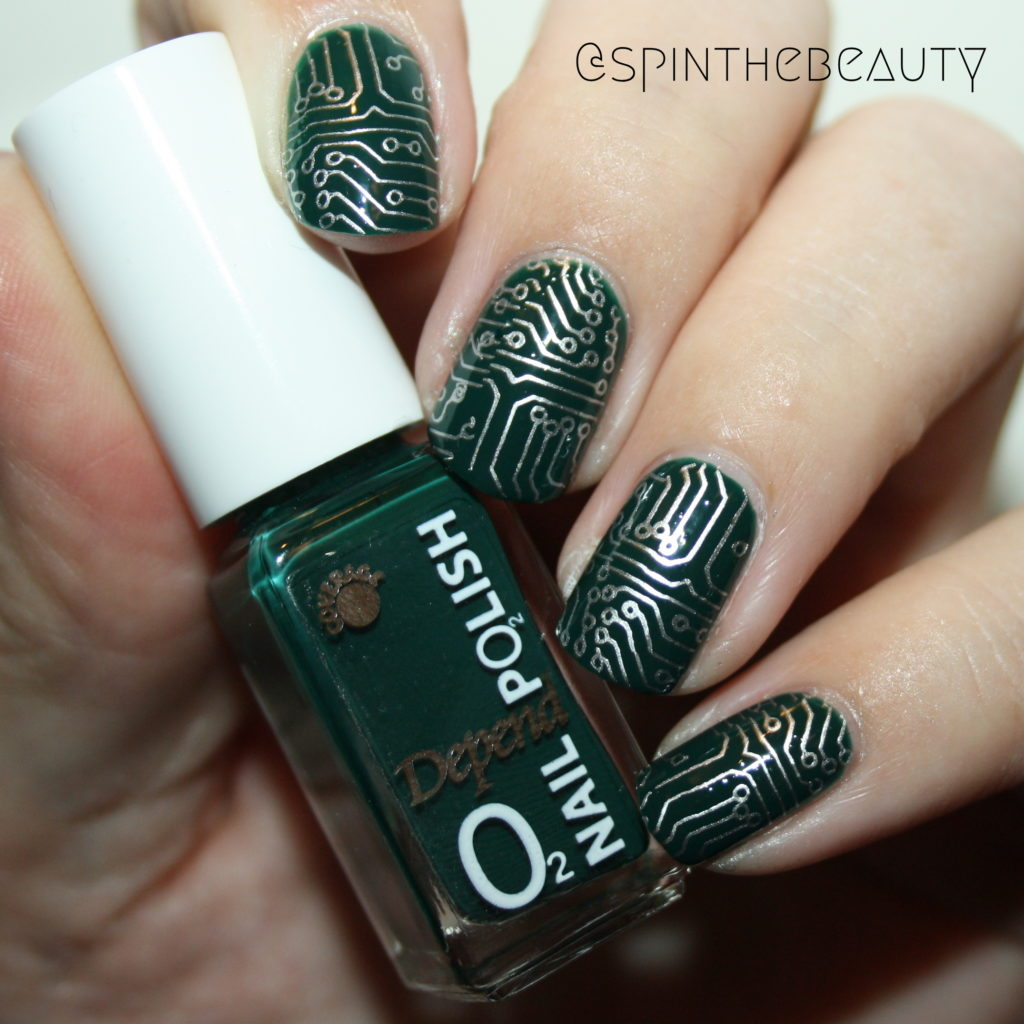 31DC2015 Delicate Print Nail art 2015 circuit board nails