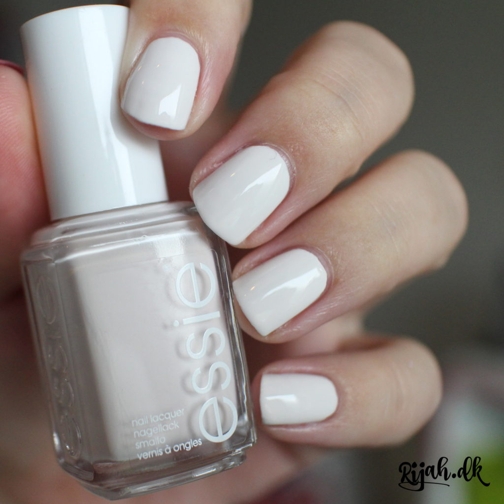 Essie Coconut Cove Essie Summer Collection 2016 swatches